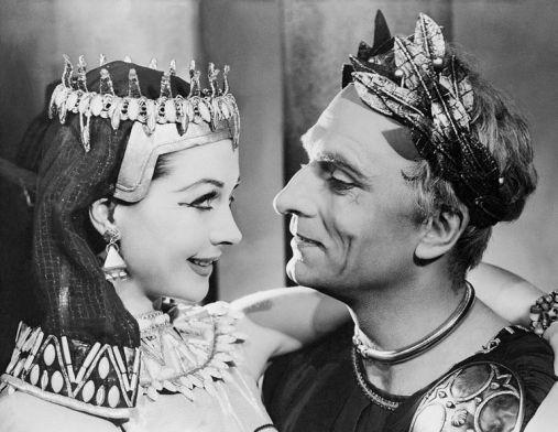 Em César & Cleópatra (1951)